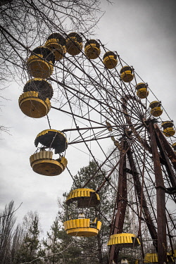 UA02329 The Ferris Wheel at the Children's amusement park in the abandoned city of Pripyat, Chernobyl Exclusion Zone, Ukraine