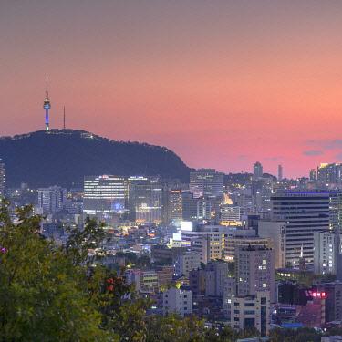 SKO542AWRF View of Seoul at sunset, South Korea