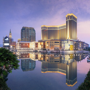 CH12202AW Venetian Hotel at dusk, Macau, China