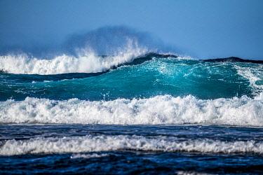 SPA9701AW El Cotillo surfing wave, Fuerteventura, Canary Islands, Spain