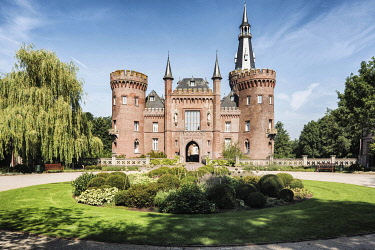 IBLCVU04206514 Schloss Moyland, moated castle, Museum of Modern Art, near Bedburg-Hau, North Rhine-Westphalia, Germany, Europe