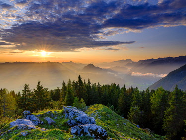 IBXHEB05030566 View at sunrise on alpine panorama, Osterhorn group, Dachstein and Tennen Mountains, Golling, Salzburger Land, Austria, Europe