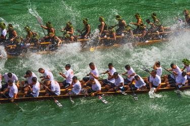 AS07KSU2576 Dragon Boat Race on Wuyang River during Duanwu Festival, Zhenyuan, Guizhou Province, China