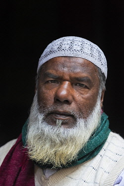 AS03KSU0252 Portrait of a man, Dhaka, Bangladesh.