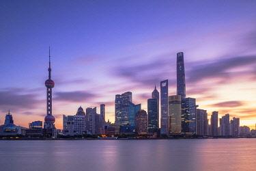 CH12287AWRF Skyline of Pudong at dawn, Shanghai, China