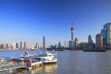 CH12346AWRF Oriental Pearl Tower on Pudong and buildings along Huangpu River, Shanghai, China