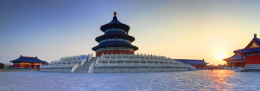 CH12292AW Temple of Heaven at sunrise, Beijing, China