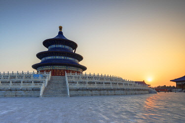 CH12296AW Temple of Heaven at sunrise, Beijing, China