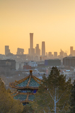CH12315AW Skyscrapers of Chaoyang business district from Jingshan Park at sunrise, Beijing, China