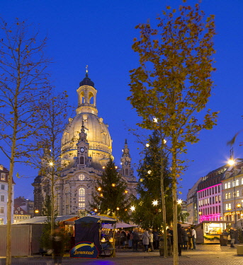 IBLPUR05088617 Advent on the Neumarkt, Christmas market in front of the Church of Our Lady Dresden, Saxony, Germany, Europe