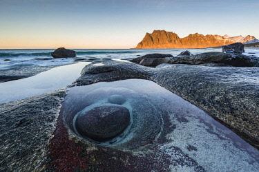 IBXROH04512227 Rocks on the beach of Uttakleiv, Vestvagay, Lofoten, Norway, Europe