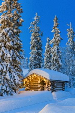 FIN1145AW Cabin in Winter, Ruka, Finland