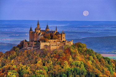 GER12040AW Full Moon over Hohenzollern Castle in Autumn, Baden-Wurttemberg