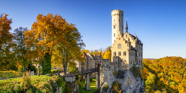 GER12046AW Lichtenstein Castle in Autumn, Baden-Wurttemberg, Germany