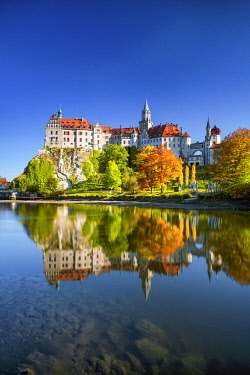 GER12049AW Sigmaringen Castle in Autumn, Baden-Wurttemberg, Germany