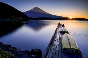 JAP2381AW Mt. Fuji & Fisherman at Sunrise, Lake Tanuki, Fujinomiya, Shizouka, Honshu, Japan