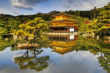 JAP2416AW The Golden Pavilion, Kinkaku-ji, Kyoto, Japan