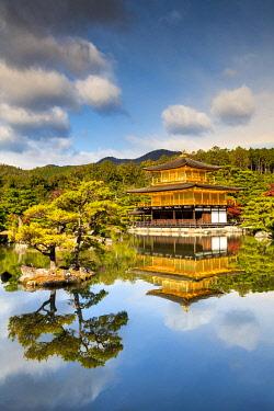 JAP2417AW The Golden Pavilion, Kinkaku-ji, Kyoto, Japan