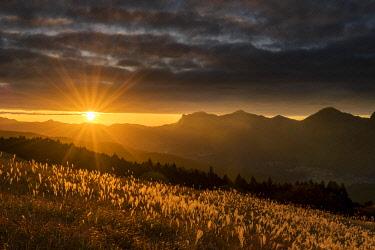JAP2443AW Sunset at Soni Highlands, East Nara Prefecture, Japan