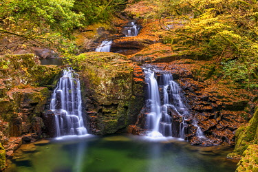 JAP2455AW Akame Shijuhachi-taki Nabari Waterfall, Mie Prefecture, Japan