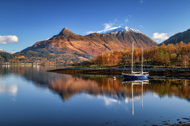 SCO35651AW Pap of Glen Coe Reflecting in Loch Leven, Highlands, Scotland