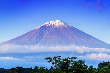 JAP2520 Japan, Honshu, Shizuoka Prefecture, Fuji-Hakone-Izu National Park, Unesco site Mt Fuji (3776m)