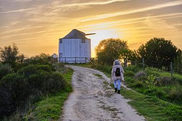 POR10864AWRF Tranquil pathway along Serra do Louro, Arrabida Nature Park. Palmela, Portugal (MR)
