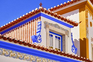 POR10913AW Detail of a traditional house. Ericeira, Portugal