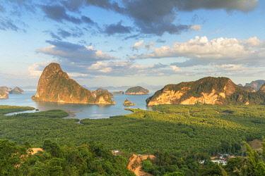 THA1447AW Ao Phang-nga National Park, Phang Nga Province, Thailand