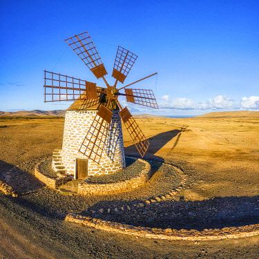 ES09775 Spain, Canary Islands, Fuerteventura, Molino de Tefia, traditional windmill in Tefia