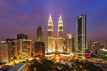 MAY0412AWRF Petronas Towers, KLCC, Kuala Lumpur, Malaysia