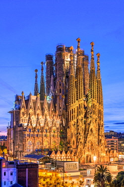 SPA9736AW Sagrada Familia basilica church, Nativity facade, Barcelona, Catalonia, Spain