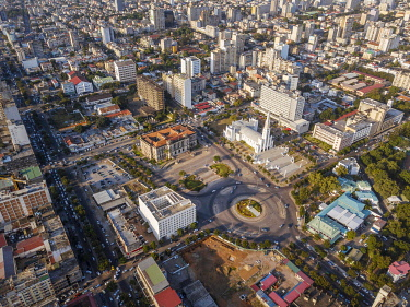 IBXJAS05127665 Aerial view of Independance Square in Maputo, capital city of Mozambique, Mozambique, Africa