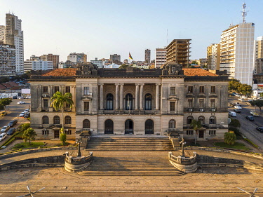 IBXJAS05127670 Aerial view of city hall of Maputo, capital city of Mozambique, Mozambique, Africa