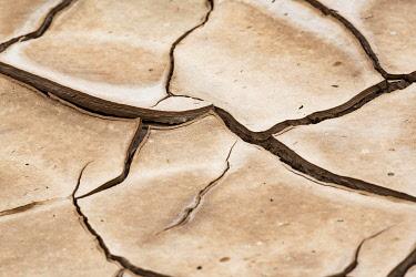 IBXYUC05132564 Cracks in dried, muddy soil in the area of the abandoned copper mine Mina de Sao Domingos; Mertola; Portugal