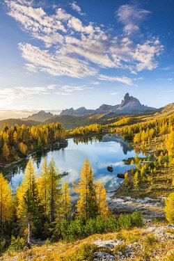 ITA15362AW Early Morning at Lake Federa in Autumn, Cortina d�Ampezzo, Veneto, Italy.