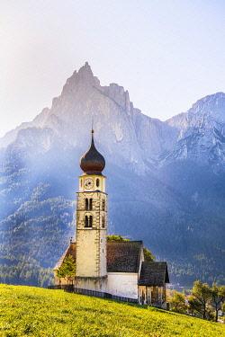 ITA15376AW Mt. Schlern & St. Valentin Church, Alpe di Suisi, Dolomites, Italy