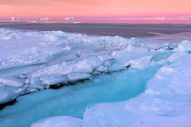GRN1411 Sunrise on the coast north of Ilulissat