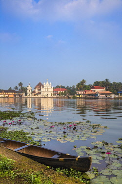 IN450RF India, Kerala, Alappuzha (Alleppey), Alappuzha (Alleppey) backwaters, St. Mary Forane Church