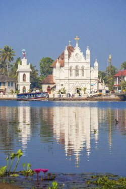 IN453RF India, Kerala, Alappuzha (Alleppey), Alappuzha (Alleppey) backwaters, St. Mary Forane Church