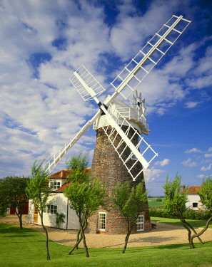 ENG16700AW Norfolk Cottage Windmill, Mautby, Norfolk, England
