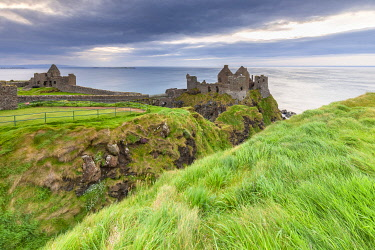 CLKMC128257 View of the ruins of the Dunluce Castle. Bushmills, County Antrim, Ulster region, Northern Ireland, United Kingdom.