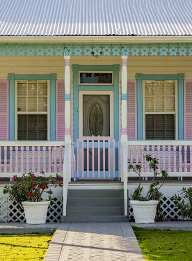 CYI1108AW Traditional House, George Town, Grand Cayman, Cayman Islands