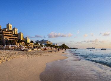 CYI1116AW The Ritz-Carlton Hotel, Seven Mile Beach, George Town, Grand Cayman, Cayman Islands