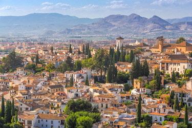 CLKEV124525 The view over the Albaicin, Alhambra, Granada, Andalusia, Spain
