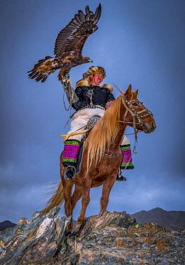 IBLBAY05238805 Mongolian Eagle hunter, Bayan-Olgii province, Mongolia, Asia