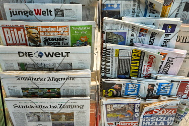IBLPKP05134522 Many different international, daily newspapers in stand for sale, Zurich, Switzerland, Europe