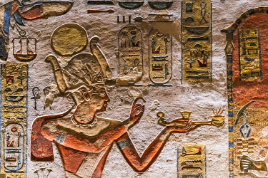 EGY1691AW Valley of the Kings, burial chamber decorated with bas-relief in the tomb of Ramses IX, Nile Valley, Luxor, Egypt