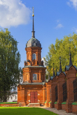 RU04626 Red brick tower, Volokolamsk, Tver region, Russia