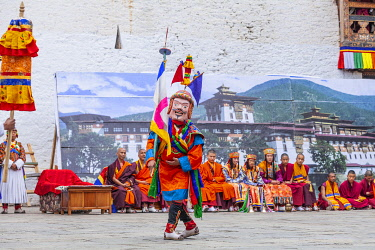 BHU1972AW Punakha Tshechu (otherwise known as Punakha Festival), Punakha Dzong, Punakha, Punakha District, Bhutan